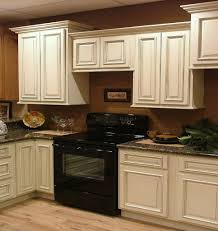 Kitchen Ideas Cream Cabinets Best 20 Kitchen Black Appliances Ideas On Pinterest Black With