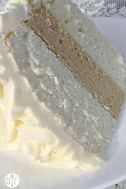 the perfect white cake the blogger looked for 2 years for the
