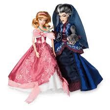 disney halloween figurines announcing the newest series of the disney fairytale designer