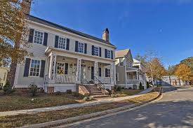 Famous Houses In Movies The Walking Dead U0027 You Can Live In Alexandria
