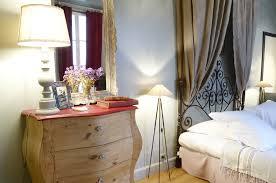 petit plat en chambre chambre insolite la rochelle la maison du palmier vieux port tarifs
