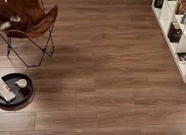 only 19 m2 fronda roble timber look spanish matt floor tile