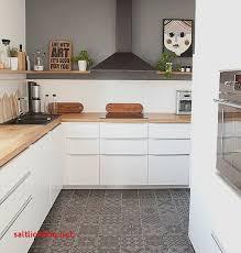 cuisine effet bois carrelage cuisine effet bois pour idees de deco de cuisine fraîche