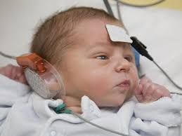baby pictures warning signs of a hearing problem in a baby babycenter