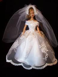 wedding dress 2 dolls barbie wedding and barbie doll