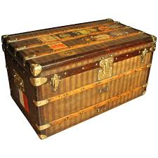 1880s striped louis vuitton courrier steamer trunk at 1stdibs