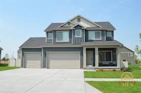 houses with 4 bedrooms homes on the market for 300 000