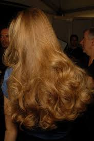 v shaped haircut for curly hair 145 best my pretty curls images on pinterest hairstyles hair