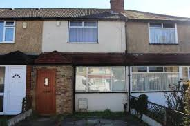 3 Bedroom House To Rent In Hounslow 3 Bedroom Houses To Rent In Hillingdon London Borough Rightmove