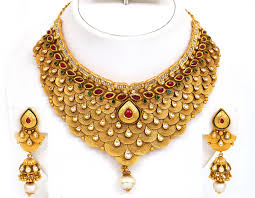 beautiful gold necklace set images Traditional and authentic jewelry of south india jpg