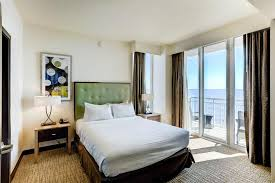 Virginia Beach 2 Bedroom Suites Oceanaire Resort Hotel Virginia Beach Va Booking Com