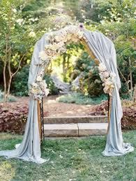 wedding arch leaves 31 charming woodland wedding arches and altars weddingomania