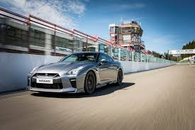 nissan gtr driving experience 2017 nissan gt r coming to the uk next week