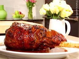 cuisiner un gigot d agneau au four gigot d agneau à la rôtissoire recette facile recettes à base d