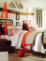 Pottery Barn Hampton Bed Hampton Classic Bed Pbteen 1 000 00 Campbell A Pinterest