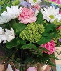 burlington florist send designer s choice flowers from philadelphia s favorite