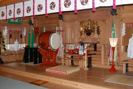 Japanese Temple Interior What U0027s So Special About This Shinto Shrine The Priest Isn U0027t