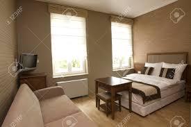 Schlafzimmer Ideen Mit Fernseher Fernseher An Der Wand Im Schlafzimmer Chill Auf Moderne Deko Ideen