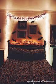Halloween Room Decoration - spooky little apartment halloween home tour bedroom spooky