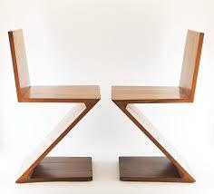 chaise rietveld chaise zig zag cerisier cassina jbonet