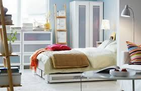 Organizing A Living Room by Small Bedroom Organizing Tips Www Tidyhouse Info