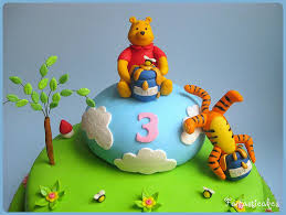 winnie the pooh cake topper winnie the pooh cake decorations winnie the pooh pictures gallery