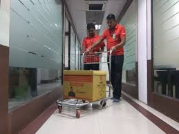 hiring movers agarwal packers and movers blog