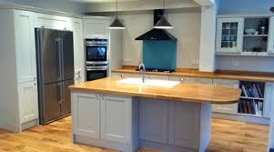 ilot central cuisine bois prix d un ilôt central de cuisine coût moyen tarif d installation