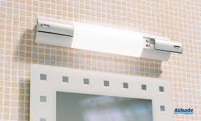 miroir avec applique applique de miroir avec lampe fluo compacte elite espace aubade