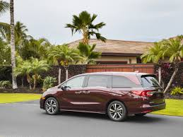 minivans top speed the 2018 honda odyssey is the best family car in the world
