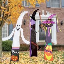 spirit halloween willow lawn ghost u0026 witch fairy tale halloween flag current catalog