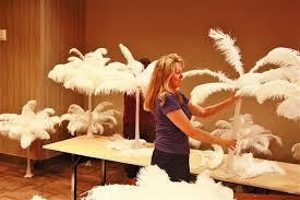 how to make feather centerpieces