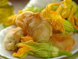 cuisiner les fleurs de courgette 3 recettes à base de fleurs de courgette biba