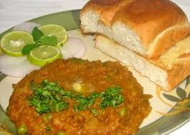 types of indian cuisine top 10 best road side food of india