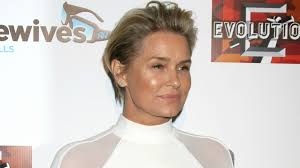 how does yolanda foster do her hair yolanda foster reveals details about being single being allies