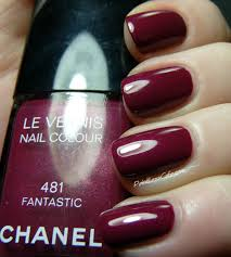 nail of the day chanel fantastic 481 pointless cafe