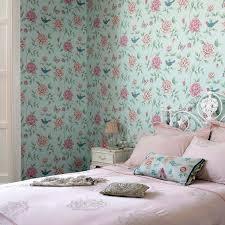 papier peint romantique chambre decoration pose du papier peint design chambre déco romantique