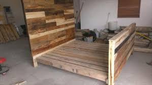 diy pallet wood bed frame 101 pallets