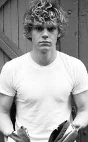 evan peters bio age height weight net worth facts and