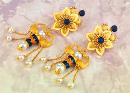 gold earrings tops buy gold earrings in pune p n gadgil and sons