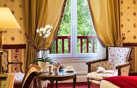 castel femme de chambre le castel louise hôtel 5 étoiles la baule hôtels barrière