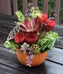livraison de fleurs au bureau a seasonal flower arrangement for your home or your office desk