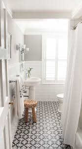 Decorating Ideas For Small Bathrooms Best 25 Condo Bathroom Ideas On Pinterest Small Bathroom