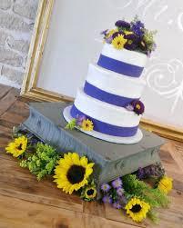 blue banded fondant wedding cake