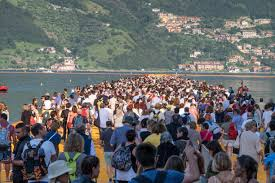 Floating Piers by Tips For Visiting Christo U0027s Floating Piers Lake Iseo Italy