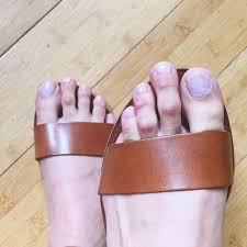 male toe rings images 21 signs your second toe is so long you can 39 t even jpg