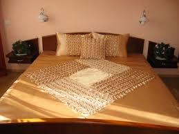 Beige Coverlet Queen Bedspread Smocked Handmade Beige Coverlet Quilt