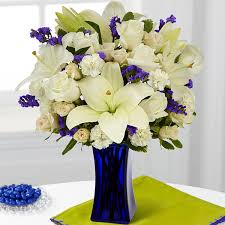 How To Design Flowers In A Vase Sympathy Flowers Funeral Gifts U0026 Flower Arrangements From Ftd