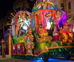 mardi gras parade floats mardi gras on st charles ave krewe of tucks crescent city