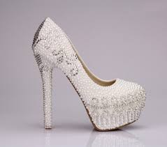 wedding shoes high these are my inspiration for my wedding pumps this intricate